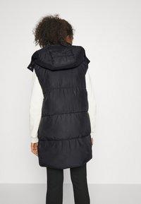 ONLY - ONLDEMY PADDED VEST - Waistcoat - black - 2
