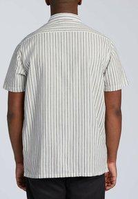 Billabong - Shirt - off white - 1