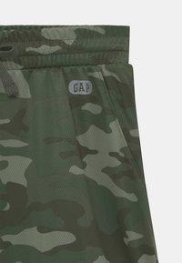 GAP - BOY  - Shorts - green - 2