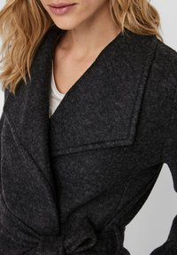 Vero Moda - VMBRUSHEDDORA JACKET - Klassinen takki - dark grey melange - 4