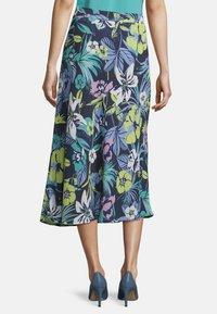 Betty Barclay - MIT AUFDRUCK - A-line skirt - dark blue/green - 2