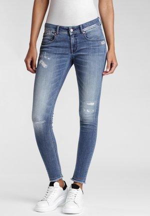 SKINNY FIT KASERIA - Jeans Skinny Fit - rivera vint destroy