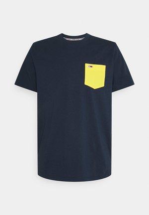 CONTRAST POCKET TEE - T-Shirt print - twilight navy