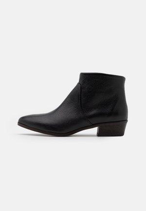 ABBONO - Boots à talons - schwarz
