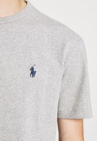 Polo Ralph Lauren - CLASSIC FIT JERSEY T-SHIRT - Basic T-shirt - andover heather - 8