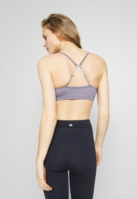 Cotton On Body - WORKOUT YOGA CROP - Sport-bh met light support - ash amethyst - 2