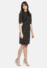 Vive Maria - Shift dress - schwarz allover - 1