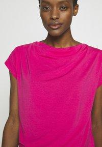 WEEKEND MaxMara - T-shirt basic - shocking pink - 3