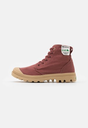 PAMPA ORGANIC - Šněrovací kotníkové boty - brick