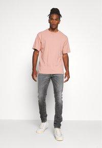 Diesel - TEPPHAR-X - Jeans Skinny Fit - black denim - 1