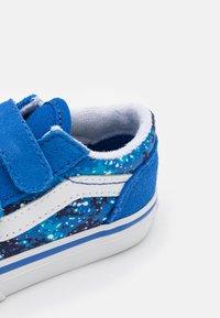 Vans - OLD SKOOL  - Trainers - nautical blue/true white - 5