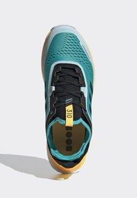 adidas Performance - TERREX AGRAVIC FLOW SHOES - Obuwie do biegania Szlak - turquoise - 2