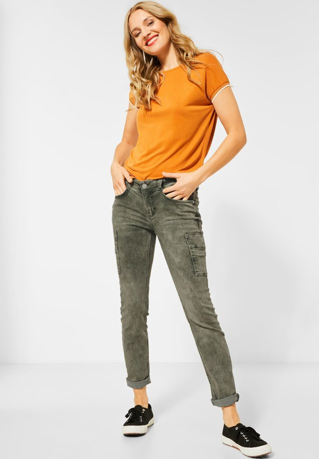 COLOUR-DENIM IM STYLE - Slim fit jeans - grün