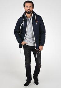 Solid - TILDEN - Light jacket - insignia blue - 2