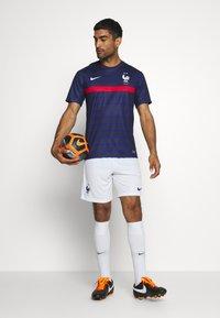 Nike Performance - FRANKREICH FFF SHORT - Short de sport - white/concord - 1