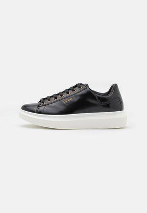 SALERNO - Sneakersy niskie - black
