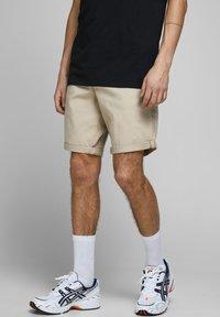 Jack & Jones - Shorts - white pepper - 0