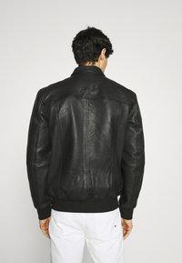 Superdry - INDIE CLUB JACKET - Bunda zumělé kůže - black - 2