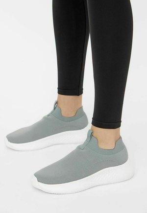 Sneakersy niskie - lightgrey