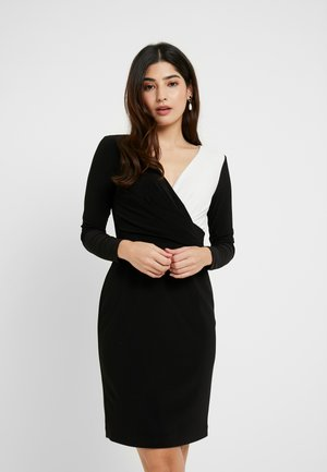 ALEXIE LONG SLEEVE DAY DRESS - Etuikjoler - black/white
