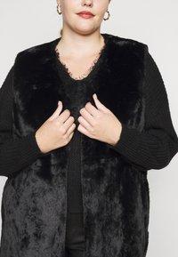 New Look Curves - GILET - Waistcoat - black - 5