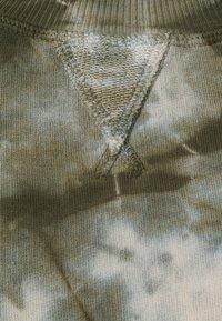 Ética - YARA - Sweatshirt - green - 2