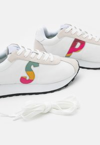 Paul Smith - SEVENTIES - Baskets basses - white - 6
