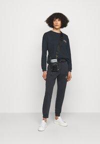 Pinko - SANO MAGLIA - Sweatshirt - black - 1