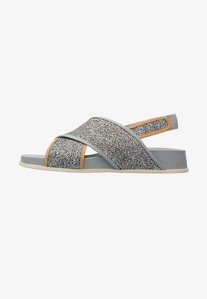 ATONIKA - Sandaalit nilkkaremmillä - grey