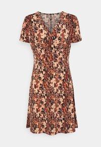 Pieces - PCEMANUELLE DRESS - Vestito di maglina - duna/black - 3