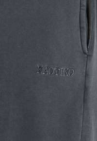 Kaotiko - PANT CHANDAL DETROIT - Tracksuit bottoms - grey - 2