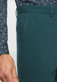 Lindbergh - PLAIN MENS SUIT - Kostuum - dark green - 6
