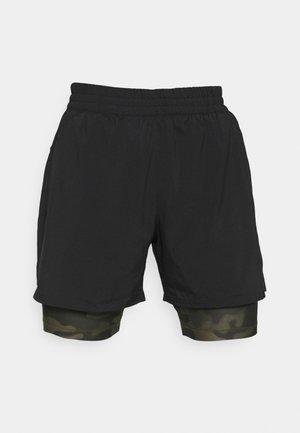 RUN SHORT - Sports shorts - black/grape leaf