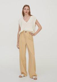 PULL&BEAR - Trousers - beige - 1