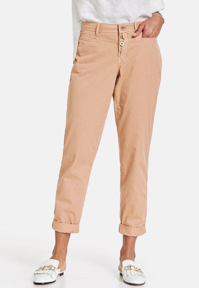 Pantalon classique - warm sand