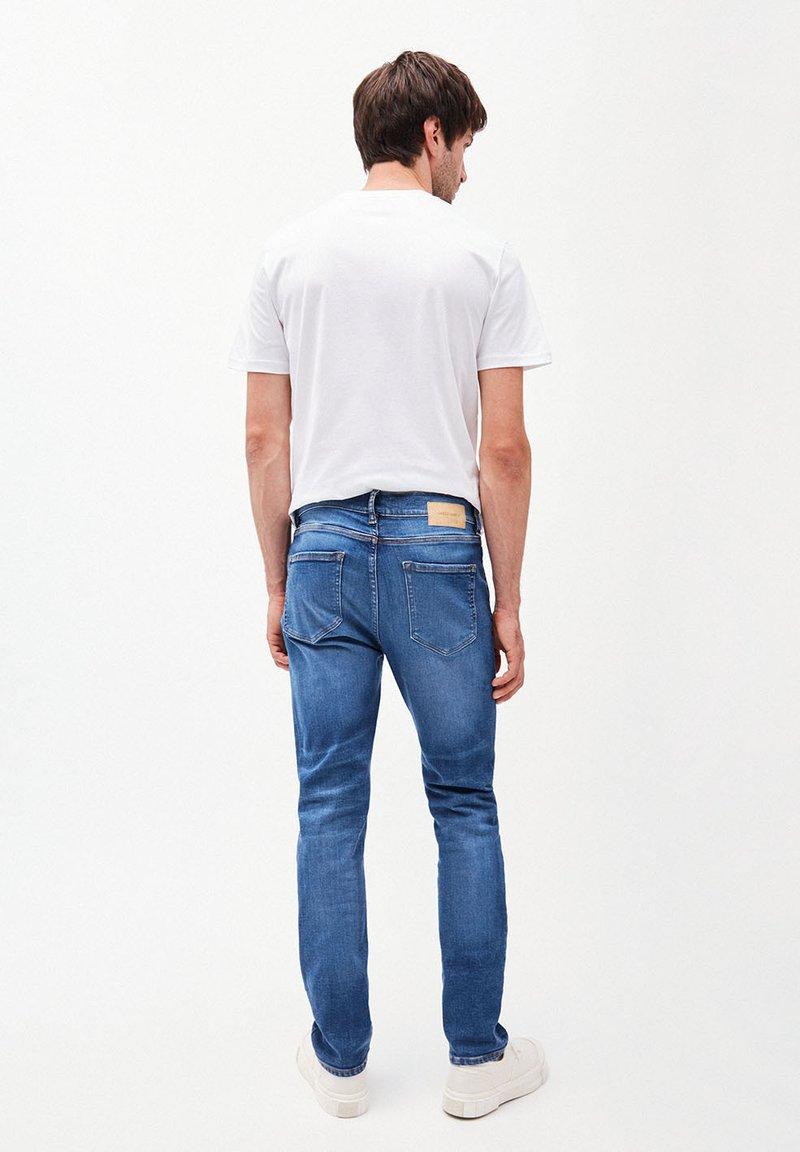 100/% Polyester 6 x 150m Lialina Jeansgarn f/ür N/ähmaschine 36 Jeans N/ähgarn Set extra stark Nr - N/ähte wie im Original Jeansfaden f/ür N/ähmaschine
