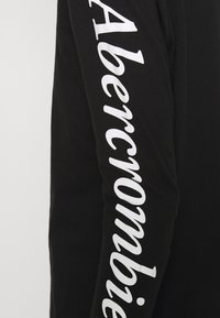 Abercrombie & Fitch - ITALIC LOGO TEE - Long sleeved top - black - 5