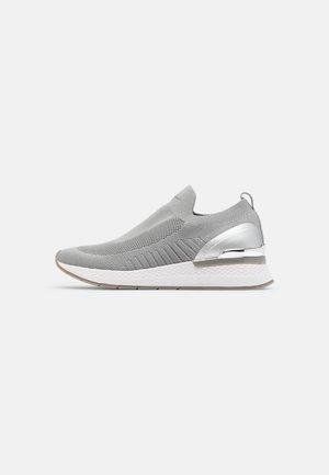 Zapatillas - steel grey