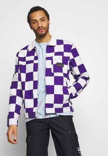 BOX CHECKER JACKET - Summer jacket - prism violet