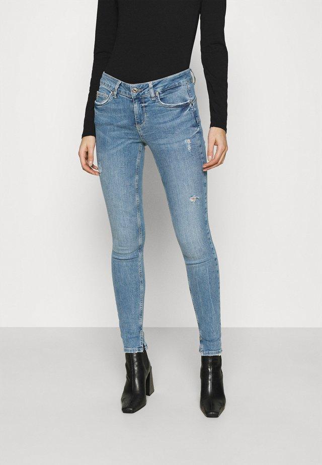 FABULOUS - Jeans Skinny Fit - blue