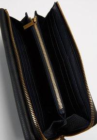Marc O'Polo - WALLET LADIES - Wallet - black - 5