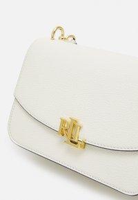 Lauren Ralph Lauren - PEBBLE SCARF MADISON - Handbag - vanilla - 4