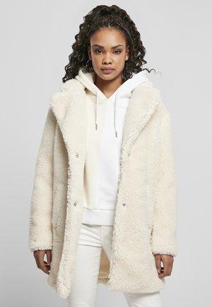 Winter coat - whitesand