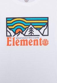 Element - WANDER BOY - Print T-shirt - optic white - 2