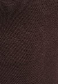 Missguided Petite - NOTCH NECK MIDAXI DRESS - Maxi dress - brown - 2