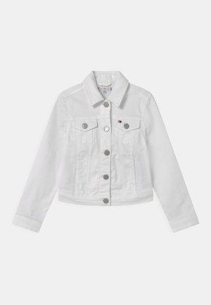 REGULAR TRUCKER - Denim jacket - bright white