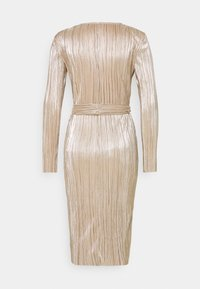 Nly by Nelly - FINE PLEATED WRAP DRESS - Cocktail dress / Party dress - champagne - 1