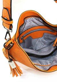 SURI FREY - TILLY - Cabas - orange - 5
