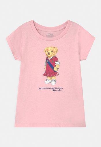 BEAR - Print T-shirt - hint of pink