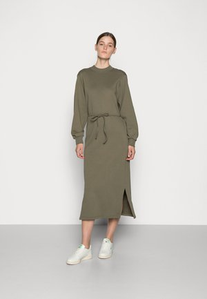 FJORDER DRESS - Day dress - ivy green